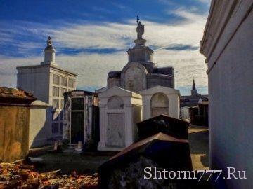 Призраки, Кладбище, Сент-Луис