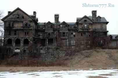 Привидение в старых домах