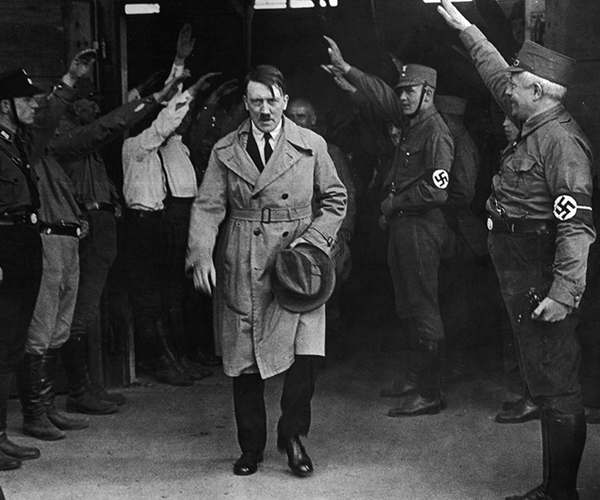 Тайна смерти Гитлера-1