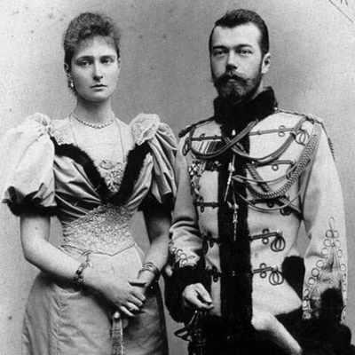 Николай II с супругой