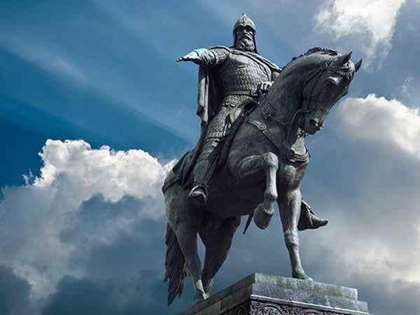 Юрий Долгорукий. Памятник