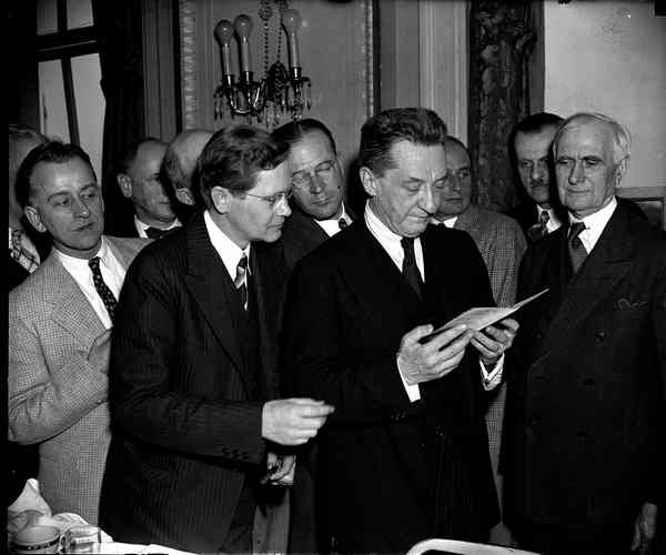 Керенский - 1938