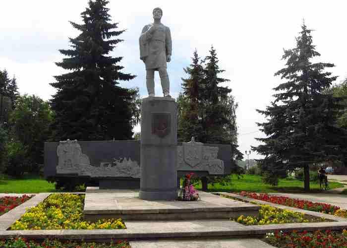 Дежнев Семен Иванович, памятник