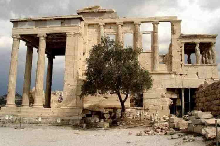 Храм Эрехтейон-3