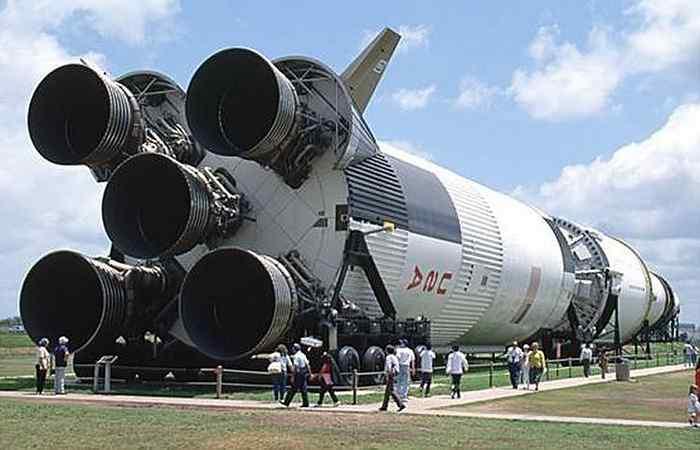Почему не летают на Луну-1