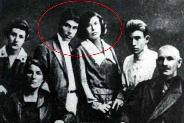 Николай Гастелло с женой