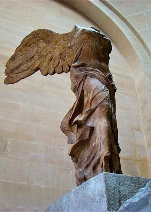 Ника Самофракийская скульптура-4