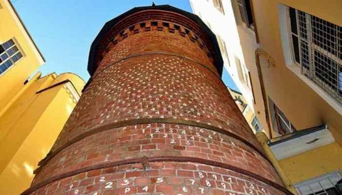 Башня Грифонов в Санкт-Петербурге-5