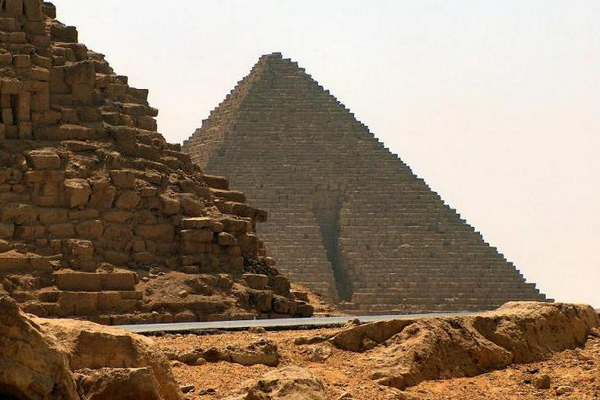 Пирамида Менкаура-3