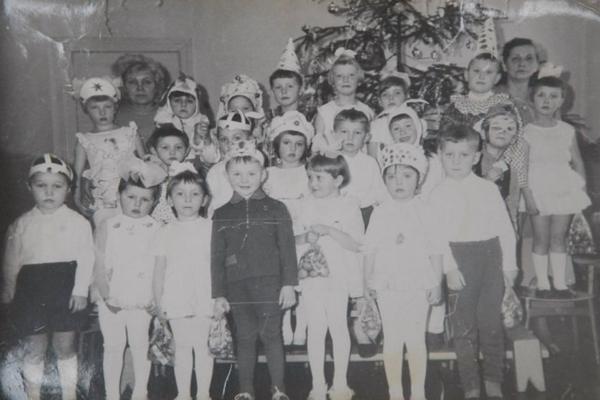 Самолет упал на детский сад в 1972 году-(1)